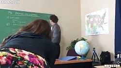 Girl flash ass in class
